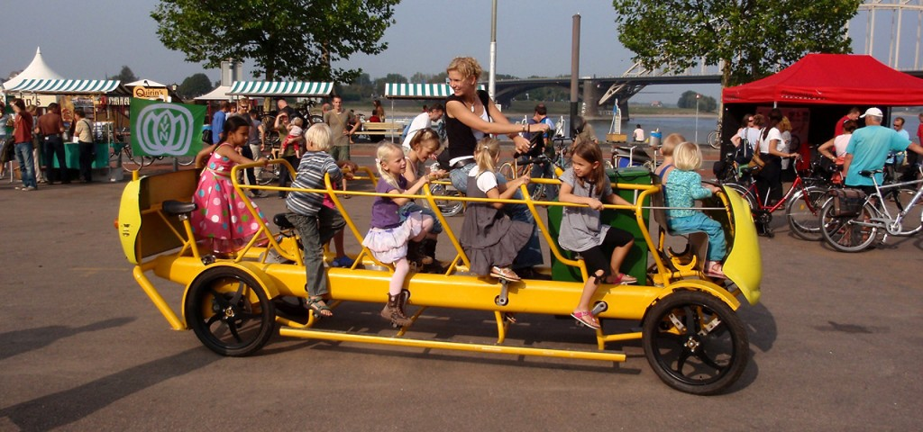 A Dutch 'cycling bus' (From @fastcompany - original source unknown.)